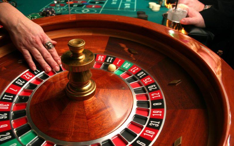 Cách chơi Roulette – Luật chơi Roulette Online - JTA88
